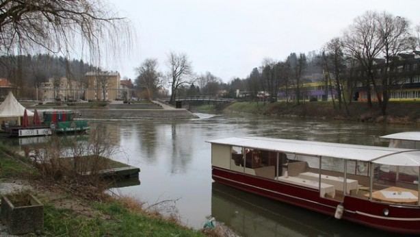 Vhod v Gruberjev kanal
